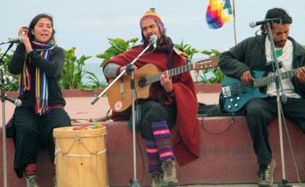 Junto a Evelyn y Vicente <br />en Wetrinpantü, El Quisco.