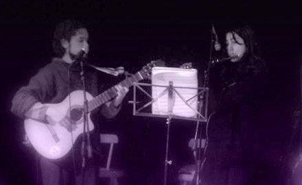 Junto a Paz en flauta traversa, <br />en Sala Master de la Universidad de Chile.